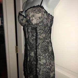 Victoria's Secret Sexy Little Things negligee Blk